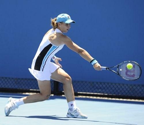 Erakovic into Memphis WTA Quarterfinals